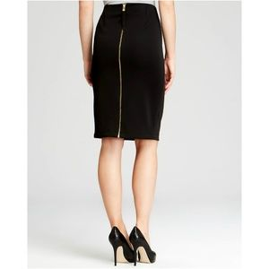 NWOT Vince Camuto Exposed Zip Pencil Skirt
